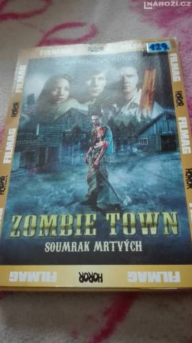 DVD ZOMBIE TOWN-1