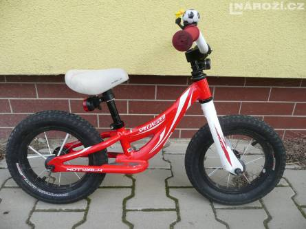 detske odrazedlo SPECIALIZED HOTWALK