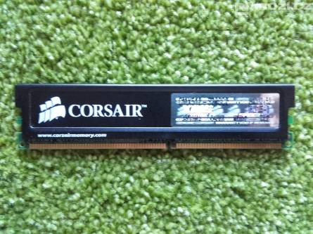 Paměť do PC Corsair 512MB 400MHz CL2 DDR2